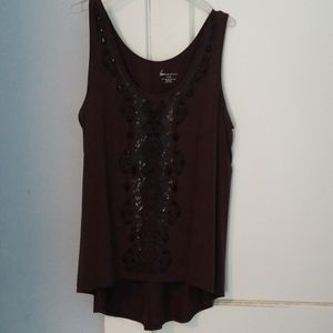 Embellished hi low tank